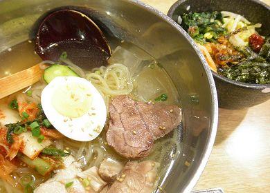韓国冷麺とミニビビンパ.jpg